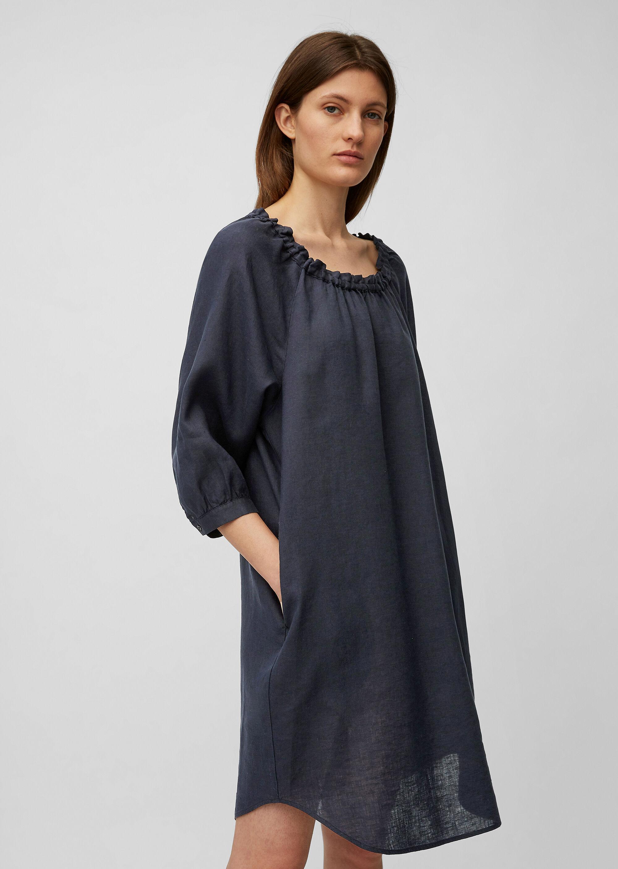 Carmen-Kleid aus reinem Leinen